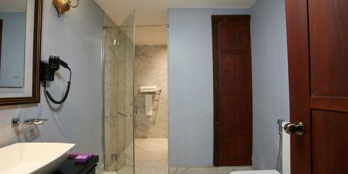 Premium-Rooms-7