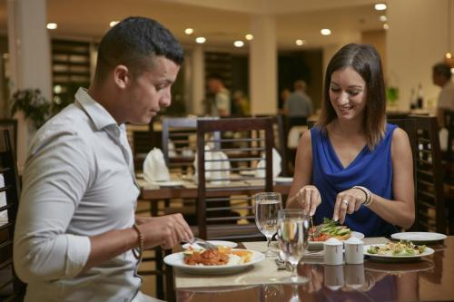 Enjoy a fantastic buffet dinner at Lemon Sun Restaurant at Citrus Waskaduwa